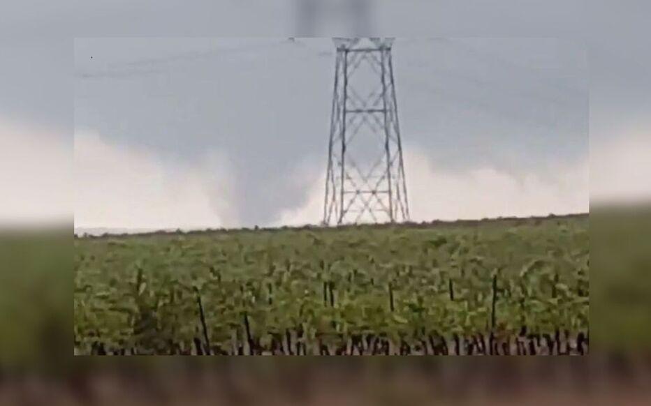 Cette tornade est notamment passée sur l'autoroute A75, dans l'Hérault, ce dimanche.