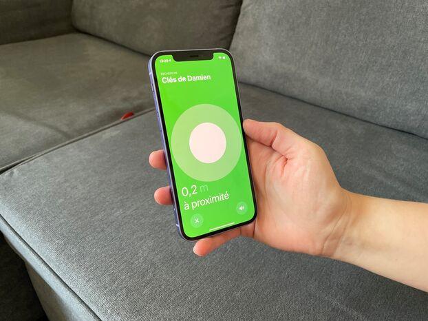 L'iPhone guide avec précision jusqu'à l'objet quand il est dans un court rayon.