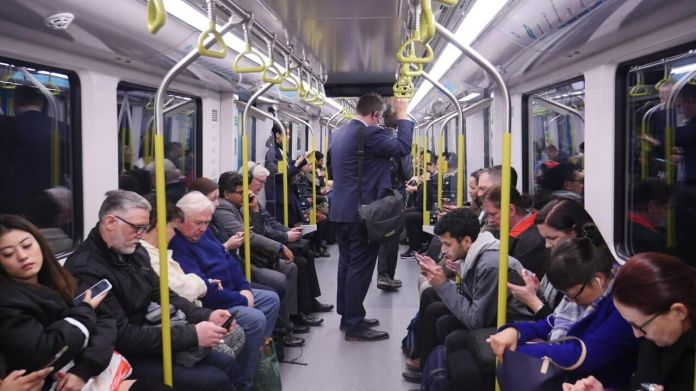 Sydney (Australia) The new Alstom subway trains in Sydney have only two rows of seats. LP / Gregory Plesse