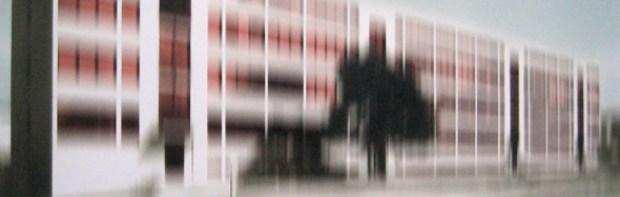 cropped-Thomas-Ruff-Bauhaus1.jpg