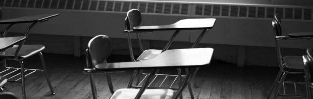 cropped-empty-classroom.jpg