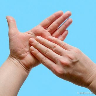 Buat Tangan Anda Begini Dan Anda Akan Terkejut Dengan Kuasa Penyembuhannya