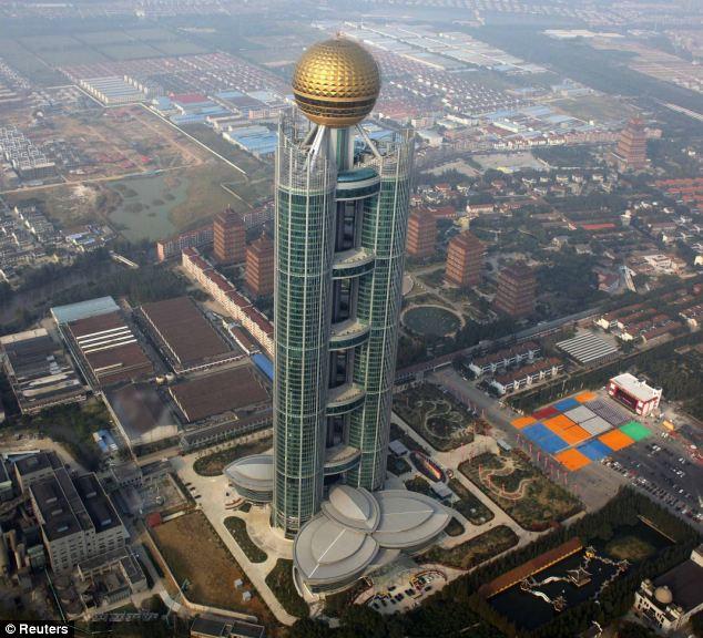 Bangunan pencakar langit ke-15 tertinggi di dunia