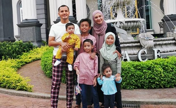 Tak Tahan Mulut Netizen, Datin Shahida Tutup IG Anak Angkat ...