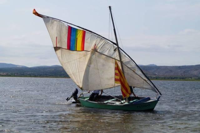 Un tour de barque avec sa voile latine sur l'étang de Salses avec Jean Paul, Pierre et Jean François