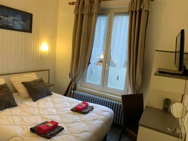 chambre d'hotel au Café Piazza centre-ville de l'aigle