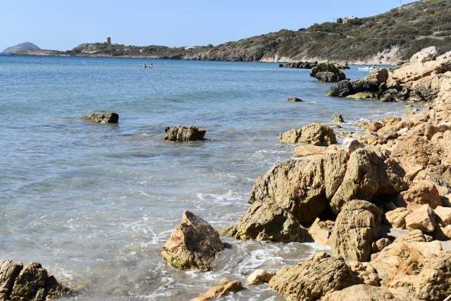 Calasetta - spiaggia co e cuaddu Le Plume