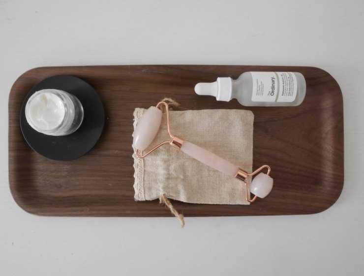 Jade Roller- massaggio viso - Le Plume