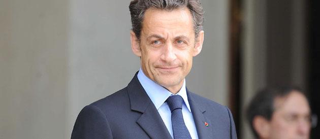 Sarkozy évoque la question des minarets suisses avec des députés UMP