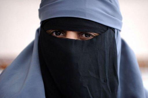Niqab au volant: une automobiliste verbalisée dans le Nord