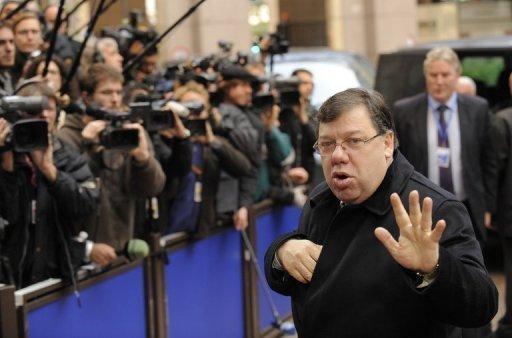 """Budget: réunion de crise à Bruxelles, le président de l'UE estime que la zone euro joue sa """"survie"""""""