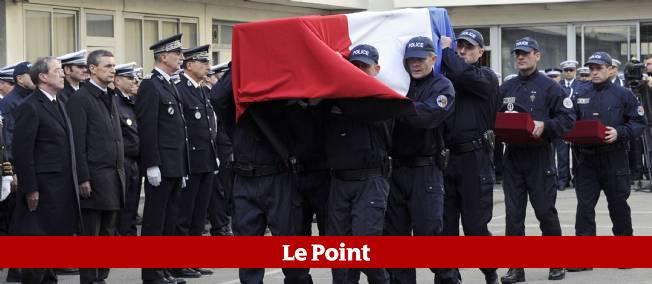 Très grièvement blessé, Éric Lalès était décédé le 8 décembre dans un hôpital de Marseille, peu après la visite à son chevet du président Nicolas Sarkozy.