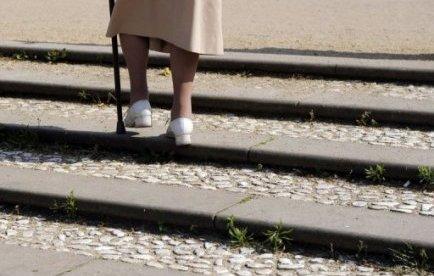 La famille Melis qui réside en Sardaigne est la plus âgée au monde, les neuf frères et soeurs qui en sont membres totalisant plus de 818 ans, dont 105 pour la soeur aînée, un record certifié par le Livre Guinness des records, ont rapporté mardi des journaux italiens.