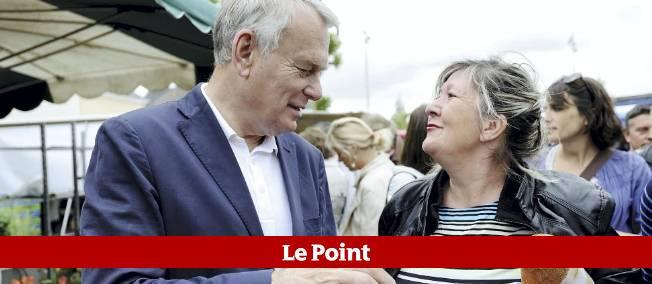 Jean-Marc Ayrault à Nantes. C'est sous le mandat du Premier ministre maire de la ville de 1989 à 2012 que les SDF de la ville ont été fichés.