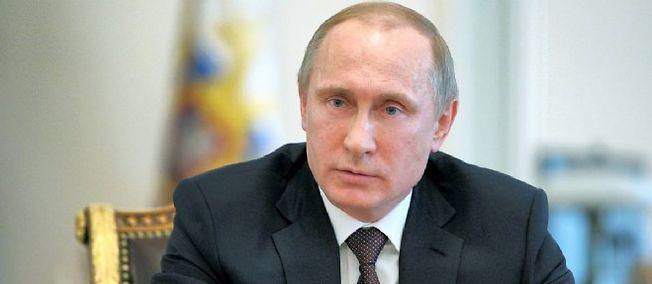 Vladimir Poutine met la pression sur Bruxelles.
