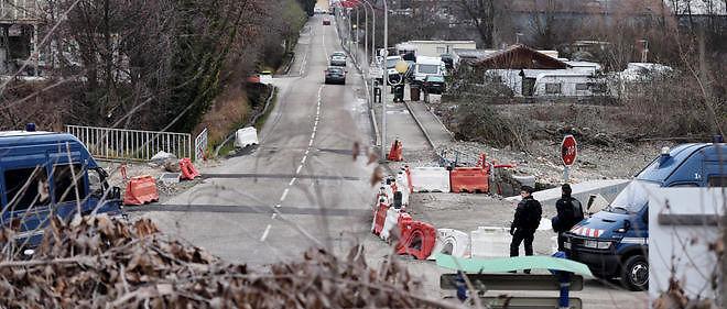 Une vaste opération de gendarmerie a visé à retrouver les auteurs d'actes de vandalisme à Moirans.