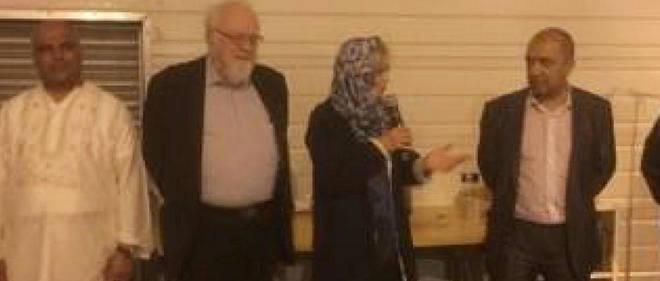 Élisabeth Guigou avec à gauche de la photo Alain Peries, premier adjoint au maire de Pantin et à droite Mohammed Henniche de l'UAM 93.