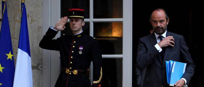 Le cas d'Édouard Philippe, au parcours tout en allers-retours entre public et privé, et qui fait toujours partie du corps du Conseil d'État, est typiquede la nouvelle noblesse d'État, selon Vincent Jauvert.
