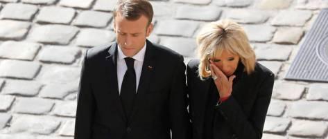 Brigitte Macron emue aux larmes lors de l'hommage national a Charles Aznavour le 5 octobre.