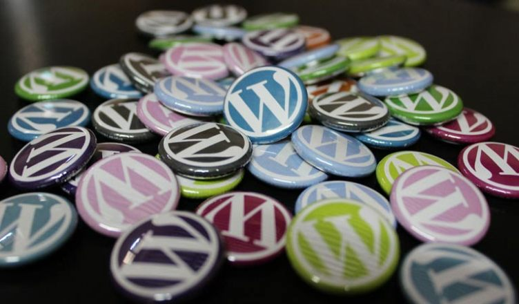 badges de couleurs avec le w de wordpress