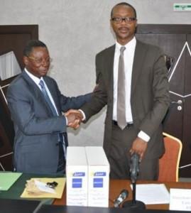 Passation de charges entre Aka Sayé Lazare, ex-DG et Bakayoko Ahmadou (Ph:Dr)
