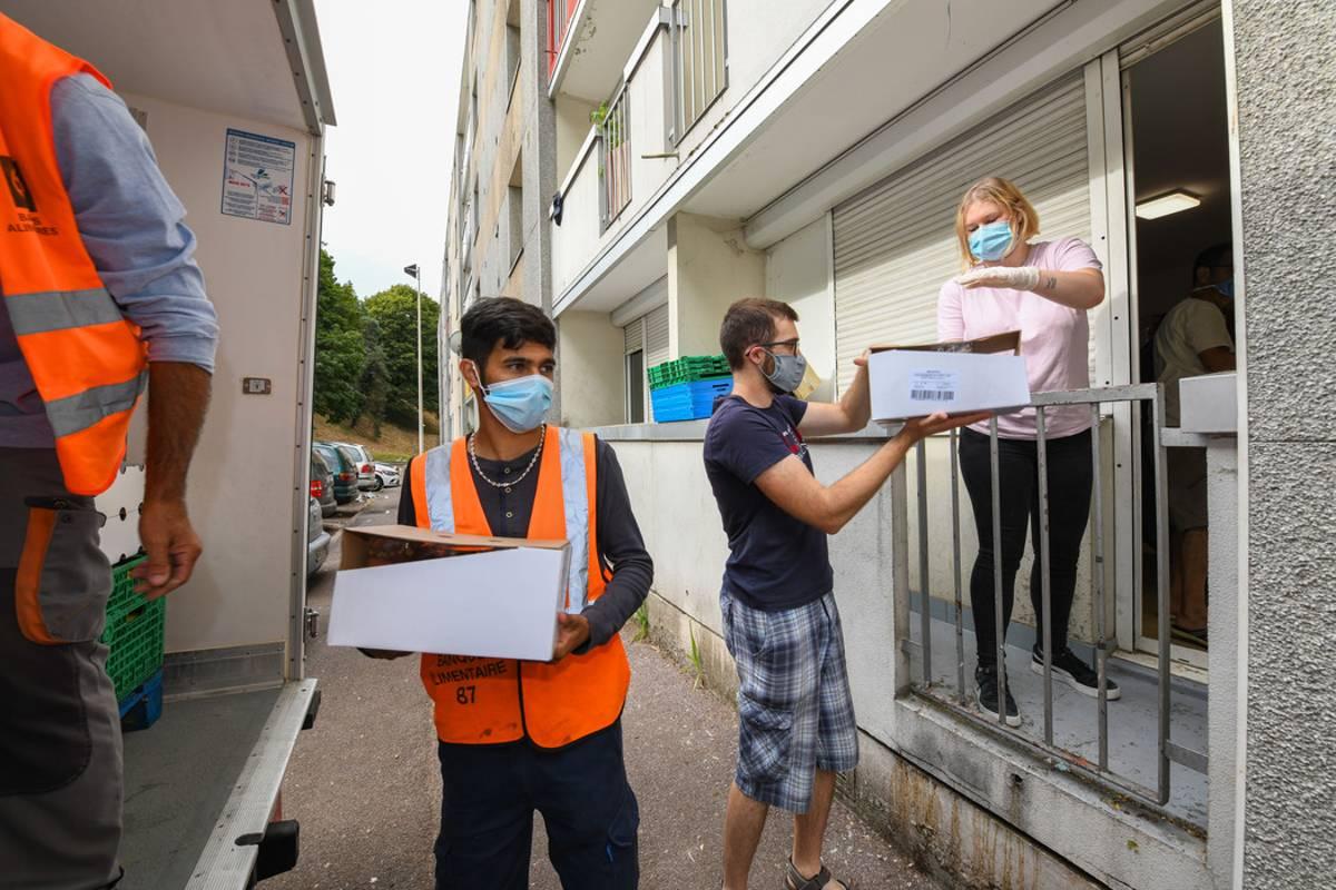 A Limoges Les Etudiants Les Plus Demunis Peuvent Compter Sur La Banque Alimentaire Et Une Epicerie Solidaire Limoges 87000