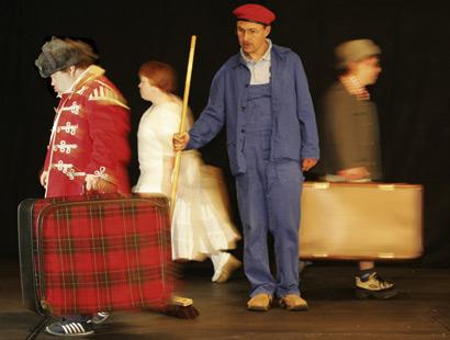 Würzburg: Besondere Augenblicke  Stefan Merk etablierte vor zehn Jahren Arbeitsplätze für behinderte Schauspieler
