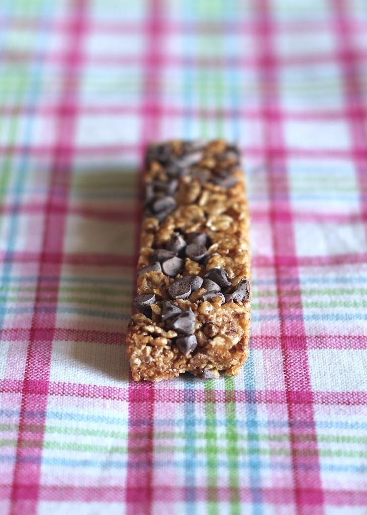 Barretta ai cereali e gocce di cioccolato  ricetta facilissima