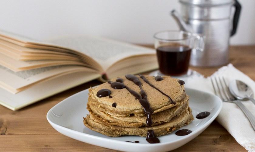 Pancakes al caffè soffici