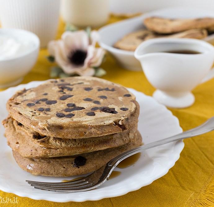 Pancakes alla zucca, gocce di cioccolato e spezie