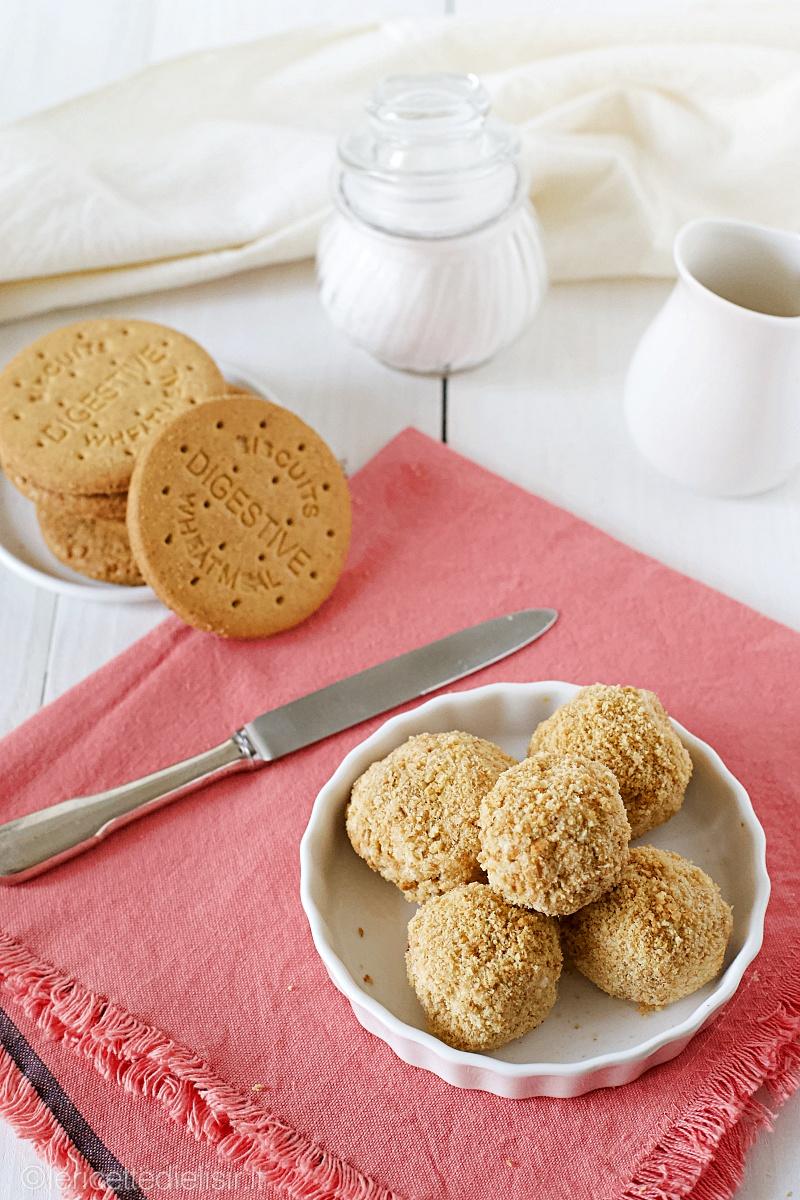 tartufini cheesecake 3 - Tartufini cheesecake senza cottura