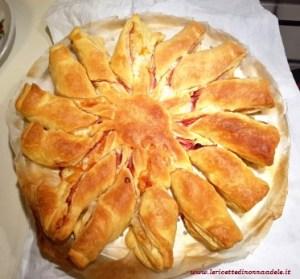 rustico-girasole-prosciutto-e-formaggio rustico girasole prosciutto e formaggio