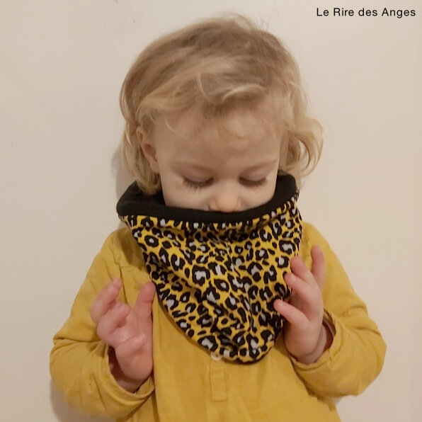 tour de cou snood fille leopard