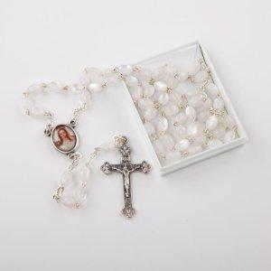 chapelet avec perles ovales nacre-blanc