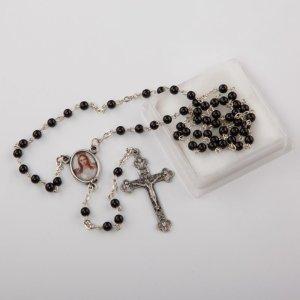 chapelet avec perles rondes corail noir-4 mm