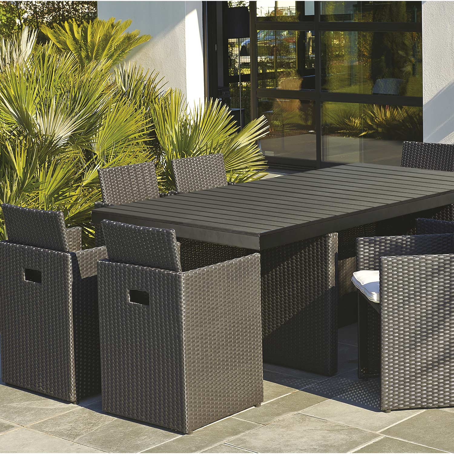 Salon de jardin Encastrable rsine tresse noir 1 table  8 fauteuils  Leroy Merlin