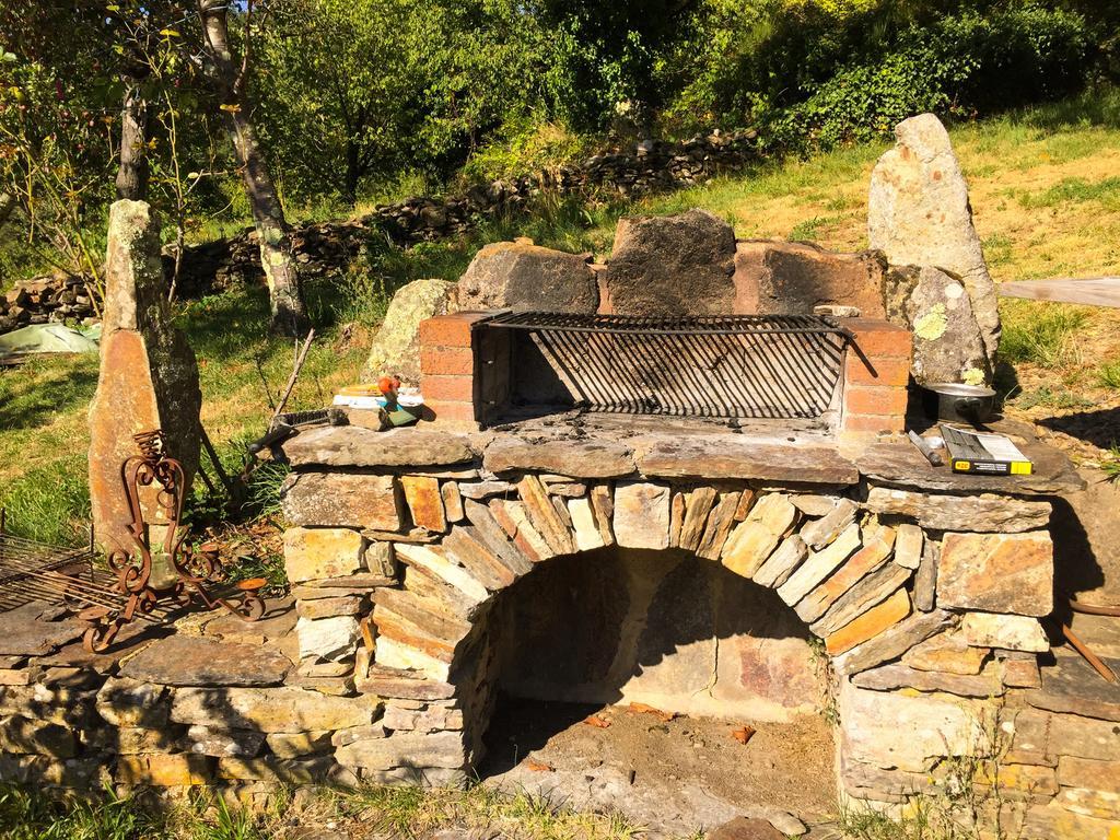 Comment Nettoyer Un Barbecue En Pierre Les Astucieux