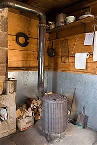 Autonomie cabanes nergie solaire olien chauffage leau