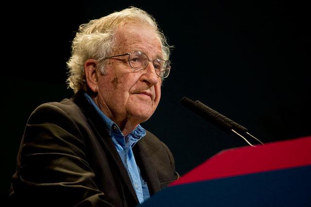 Noam Chomsky lors d'une conférence à Buenos Aires, le 12 mars 2015. (Photo: Ministerio de Cultura de la Nación Argentina)