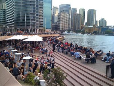 Sydney, Océanie, la terre promise de l'Océan indien. Vue depuis le parvis de l'opéra