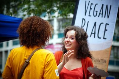 Différence entre végétarien, vegan, végétalien : tout savoir! L214 association