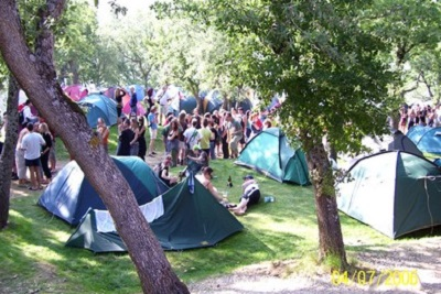 Torture et barbarie à Pampelune : corrida basta! Le camping