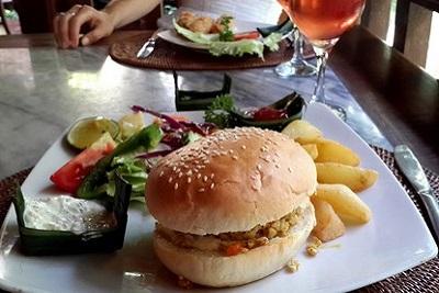Bons plans à Bali : le warung, brasserie façon asiatique. Warung murnis