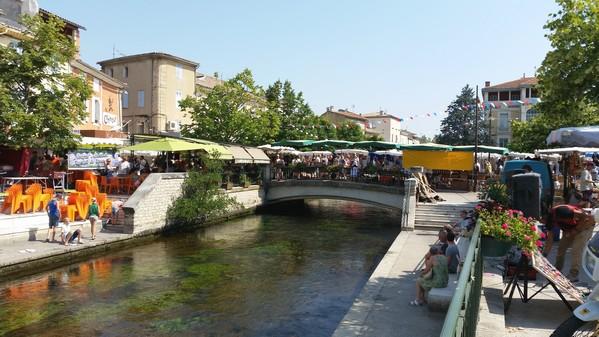 Le célèbre marché provençal de l'Isle sur la Sorgue
