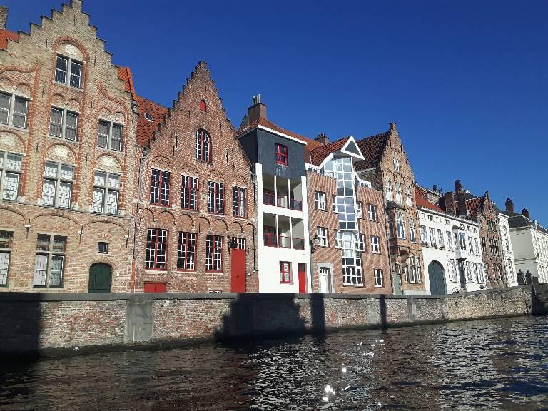 Maisons le long du canal de Bruges