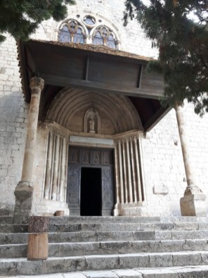 Moustiers Sainte-Marie: un village à découvrir