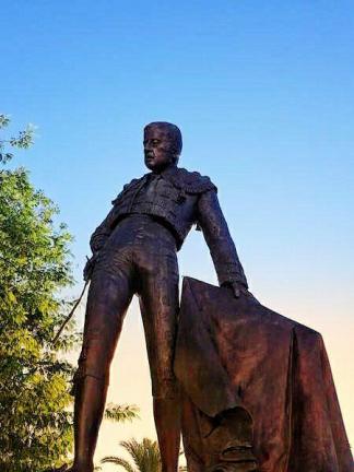 statue torrero seville