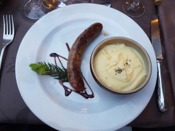 sauciss-aligot spécialité culinaire aveyronnaise
