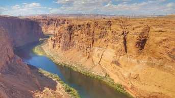 Le colorado au niveau du Barrage de Glen Canyon
