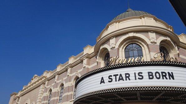 Warner Bros - A star is born